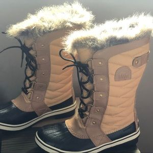 Sorel tall winter boots!